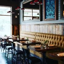 photo of calhoun street tavern restaurant