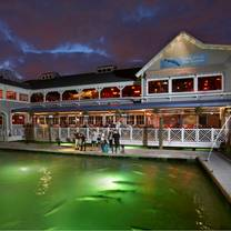 photo of 15th street fisheries restaurant