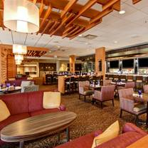 photo of stages kitchen + bar - doubletree by hilton restaurant