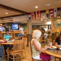 photo of crow's nest beach bar & grille restaurant