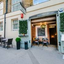 photo of the bolthole restaurant