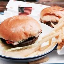 foto de restaurante cheekyburger