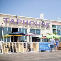 photo of 4th street taphouse bar & grille restaurant