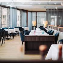 photo of awilon restaurant im kunstmuseum restaurant