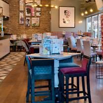 photo of slug & lettuce - brentwood restaurant