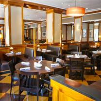 photo of daily grill - downtown dc restaurant