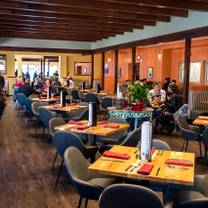 photo of m'tucci's twenty-five restaurant