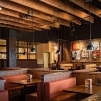 photo of mr mikes - west edmonton mall restaurant