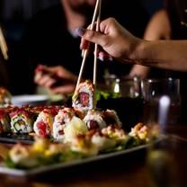 photo of smokin' fins grill   littleton restaurant