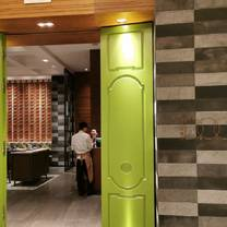 photo of d.o.c.g - shanghai marriott hotel kangqiao restaurant