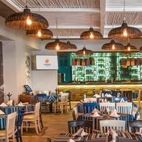 foto von los arcos - monterrey - garza sada restaurant