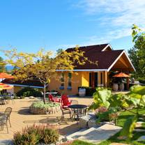 photo of spearhead winery restaurant