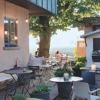 foto von hofbistro anders auf dem turmberg restaurant