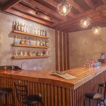 foto de restaurante aledaño