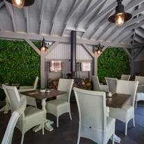 photo of the rozel pub & dining restaurant