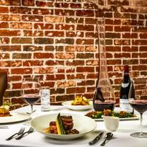 photo of matt winns steakhouse restaurant