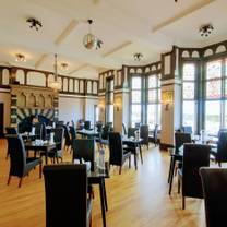 photo of bolton's bistro at cliftonville hotel restaurant