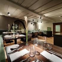 foto von waidwerk mit einem michelin-stern restaurant