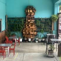 photo of mission bowling club restaurant