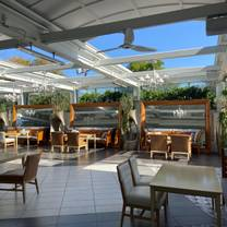 photo of terrace dining room at beverly hills restaurant
