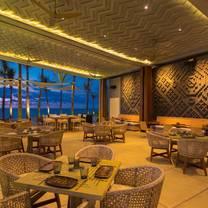 foto de restaurante mezquite at conrad punta de mita