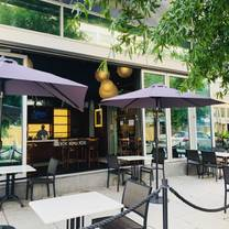 photo of chef geoff's west end restaurant