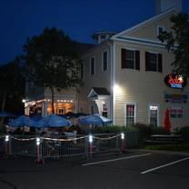 photo of solun tapas bar restaurant