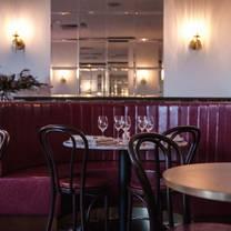 photo of hemingway's wine room restaurant