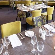 photo of signature restaurant at mercure southampton centre dolphin hotel restaurant