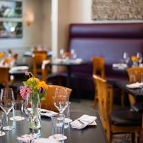 photo of sonoma wine bar & restaurant - heights restaurant