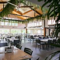 photo of palmwoods hotel restaurant