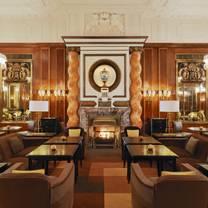 foto van bristol lounge - hotel bristol restaurant