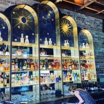 photo of queenies restaurant