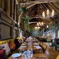 photo of the eight bells restaurant