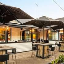 photo of batesford hotel restaurant