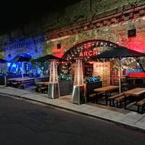 photo of arch clapham restaurant