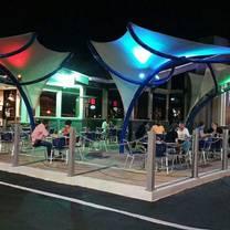 photo of craft 850 restaurant