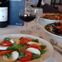 photo of roccovino's - harwood heights restaurant