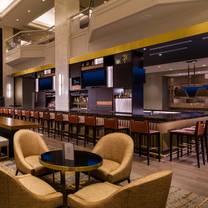 photo of ten 01 social - hilton minneapolis restaurant