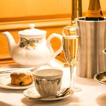 photo of afternoon tea at the chesterfield palm beach restaurant