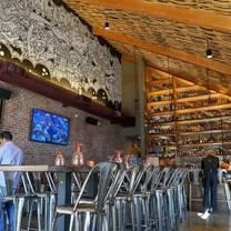 foto von beer baron whisky bar & kitchen - oakland restaurant