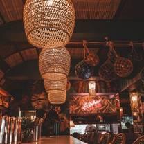 foto de restaurante waikiki tiki room