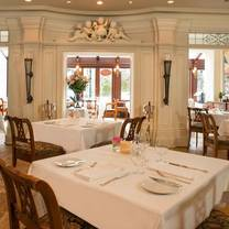 foto von noble restaurant