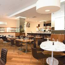 photo of cafe 21 at  fenwick restaurant