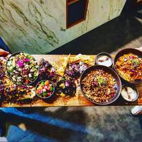 foto von mint & co restaurant and lounge restaurant