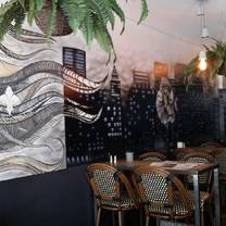 foto de restaurante the living room cafe and bar