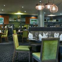 photo of the green room at crowne plaza belfast restaurant