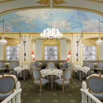 photo of arabelle at the hotel plaza athenee restaurant