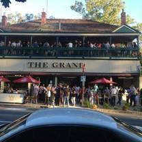 foto von the grand hotel warrandyte restaurant