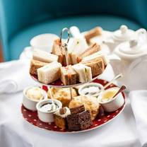 photo of afternoon tea at hotel bristol (newquay) restaurant